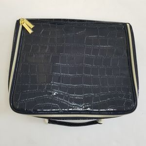 New Estee Lauder Navy Faux Leather makeup case